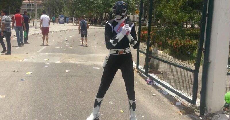 'Power Ranger' é impedido de fazer o Enem: 'Fui salvar o mundo e acabei barrado' https://t.co/IKQMZ63M0E