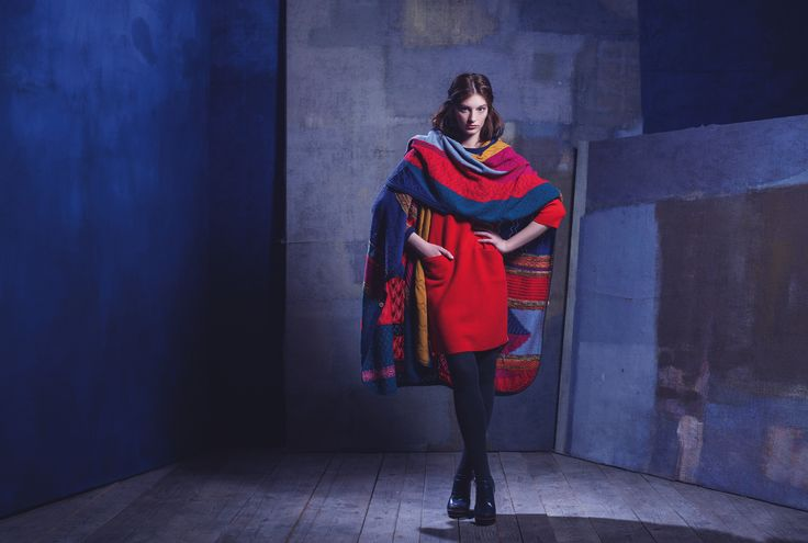 #poncho - charming #color combination and classic silhouette. #ivkowoman #knitwear #aw15 #fashion https://t.co/86t3yg82bM