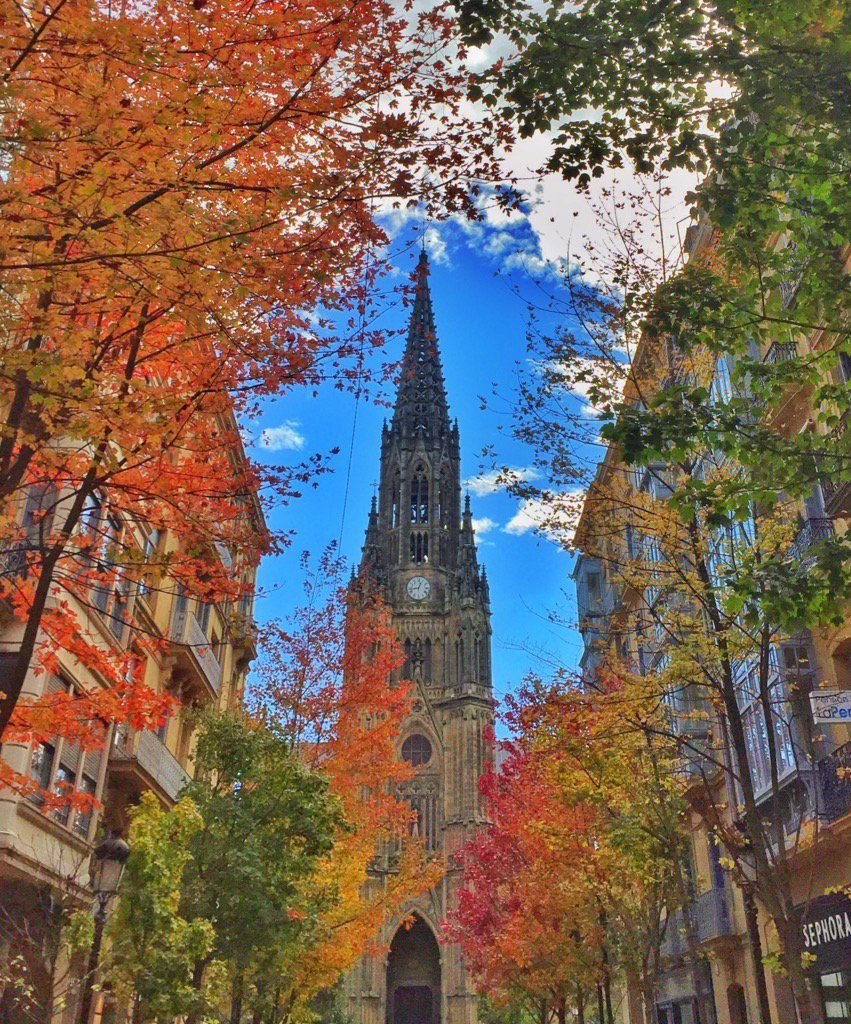 San Sebastián is always a good idea. Especially in Autumn. #SeeSanSebastian #lp https://t.co/xv3pQBLyUy