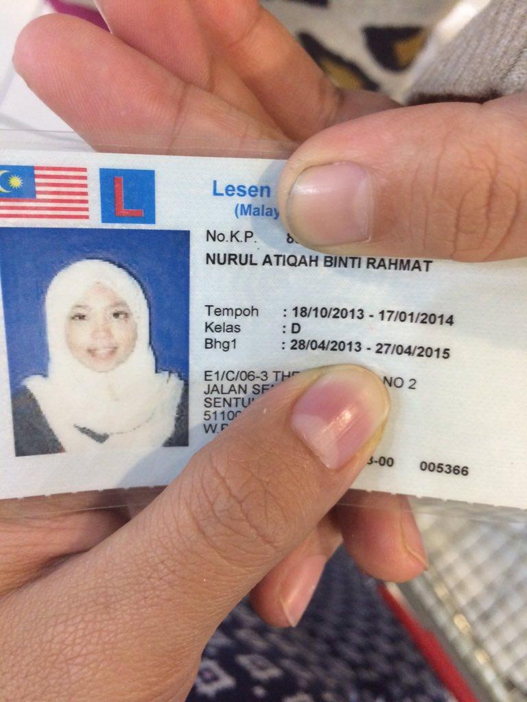 Hi. Siapa2 kenal this lady? I found her purse kat NSK. No ic inside her purse. Pls RT. Tq. https://t.co/xXcPqZkAAL