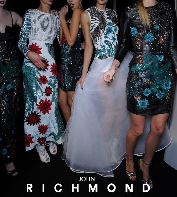 #strikeapose #womenswear #fashionshow #johnrichmondofficial #fw1516 https://t.co/siP4Z6fqi5