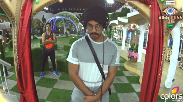 Bigg Boss 9: The Battle In The House has Begun
