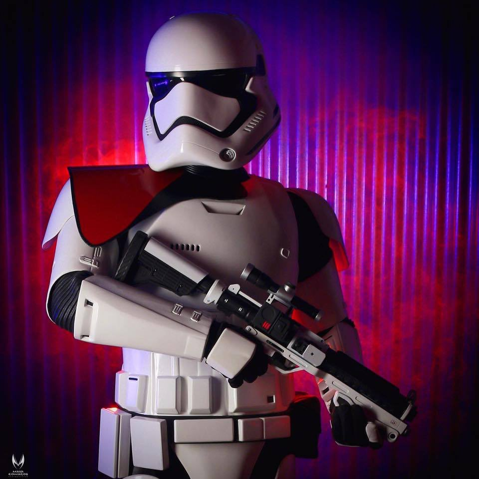 .@TK6682 got a promotion as a First Order Stormtrooper Officer! Photo @tikimarks #StarWars #TheForceAwakens #ANOVOS https://t.co/7hVWcvw8Ux