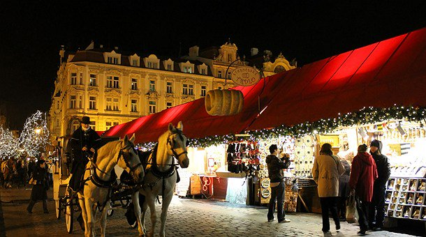 Mercados navideños #ComeON  #Tour #Viajar #Navidad  #Praga  https://t.co/hqPzCdRgGG https://t.co/8ZgMekACiD