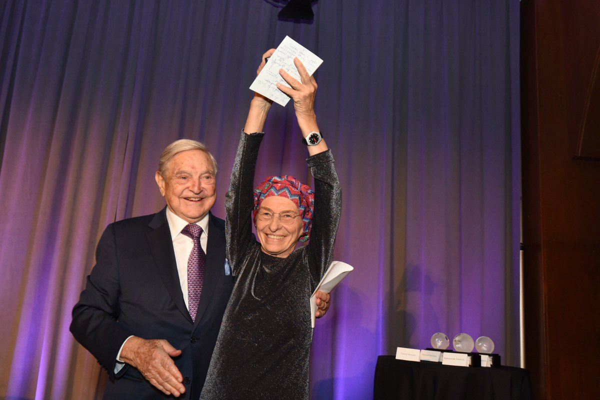 """""""A visionary thinker who is often ahead of her time"""". @georgesoros praises @emmabonino at NY gala #ICGawards https://t.co/4mNdhQcrZQ"""