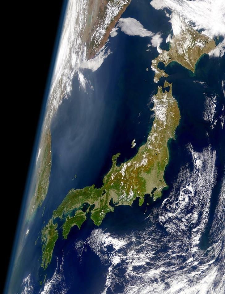 地球物理学者としての「つぶやき」です。本当に伊方原発の再稼働は危ないのです、日本列島を横断する中央構造線が作った特異な地形、半島にある。安易な安全神話は非常識極まりない。 https://t.co/wUOmnoX7Ln