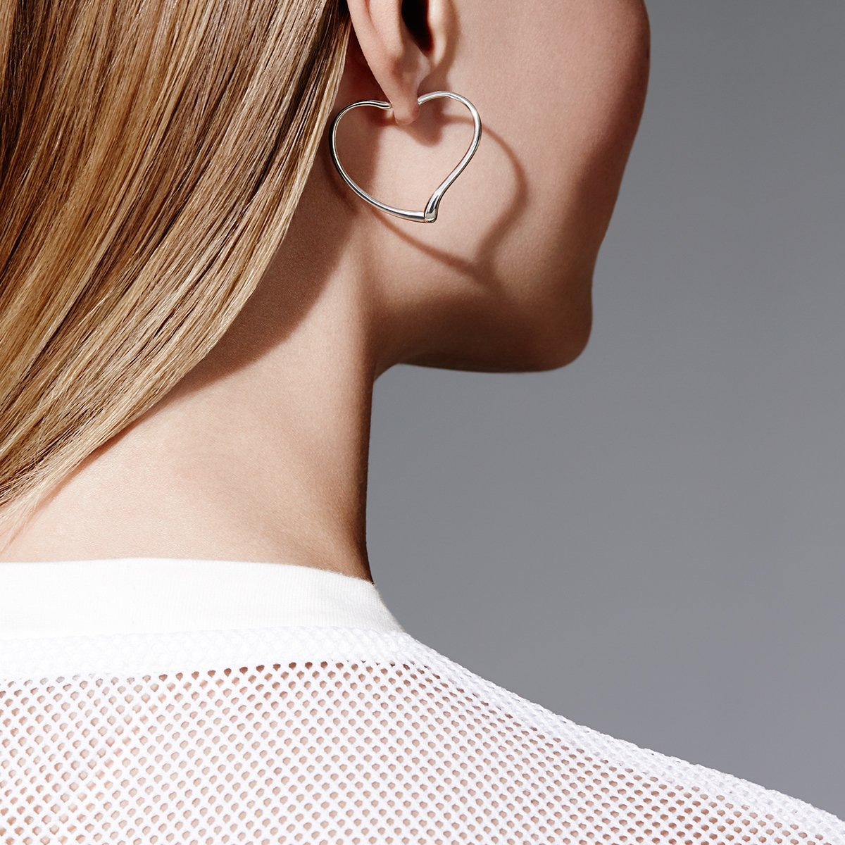 Tiffany Co On Twitter With Curves Like No Other Elsa Peretti Open Heart Earrings Are Iconic Elsaperetti Https T Vb0ozvhuha