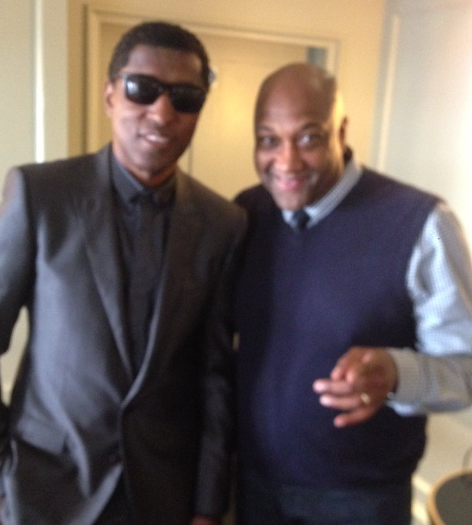Just getting ready to host #Legend @KennyEdmonds aka Babyface album playback #ReturnOfTheTenderLover https://t.co/Jp62CcfUyj
