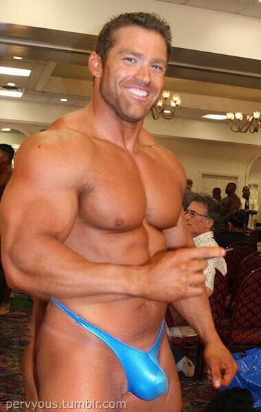 Gay Muscle Thong 52