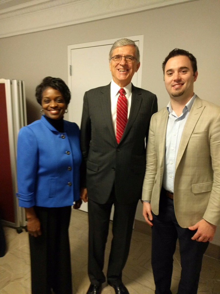 We were excited to help bring FCC Chairman Wheeler to #Detroit for a great discuss on broadband connectivity. https://t.co/PHMCPAtxTx