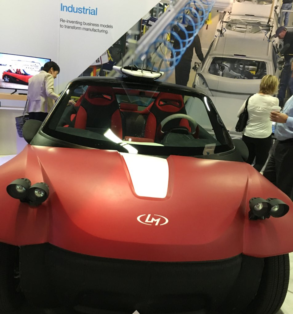 A 3D printed car #ibminsight #newwaytoconnect https://t.co/kRfcvcZUWl