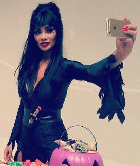 Nicole Scherzinger  - Was a fun an twitter @NicoleScherzy halloween,besttimeever,elvira