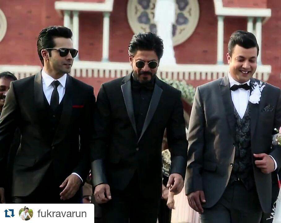 How hot do the #Dilwale boys look!? *fans self* #HotDamn #ShahRukhKhan #SRK #VarunDhawan #… https://t.co/ktWQyx9KQ6