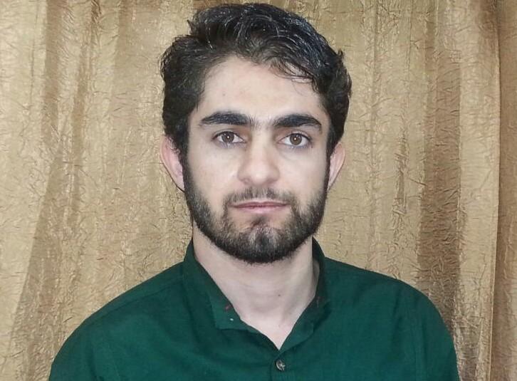 *قوهی قضاییهی حکمِ اعدامِ شهرام احمدی، زندانیِ عقیدتیِ اهلِ سنت، را تایید و آن را برای اجرا ابلاغ کرد.* https://t.co/MO3hUam9nJ