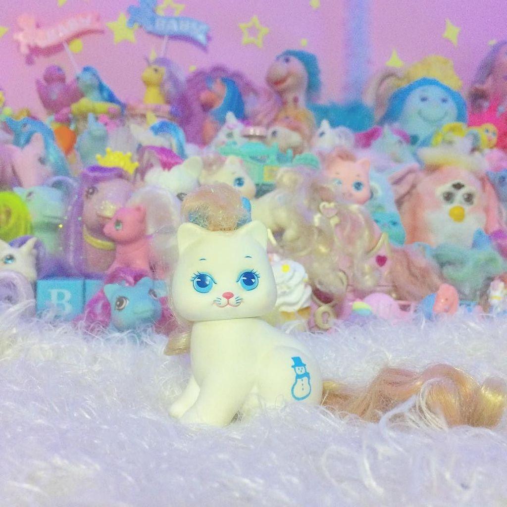かわいい猫ちゃん連れて帰ってきたよ#CAMPUSTOY #littleprettykitty #本当は犬派 #リトルプリティ #ファンシー #fancy #fancytoypic.twitter.com/v8sLq5r8EQ