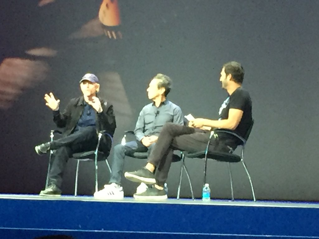 Master storytellers onstage at #ibminsight @RealRonHoward @BrianGrazer @JasonSilva https://t.co/Mkwou36lyW
