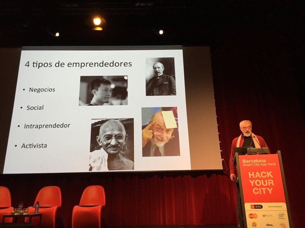 Ecosistemas innovación requieren 1. Espacios abiertos. 2. Distintos perfiles @francispisani #SCAH_BCN #smartcities https://t.co/0GuHMqzNUs