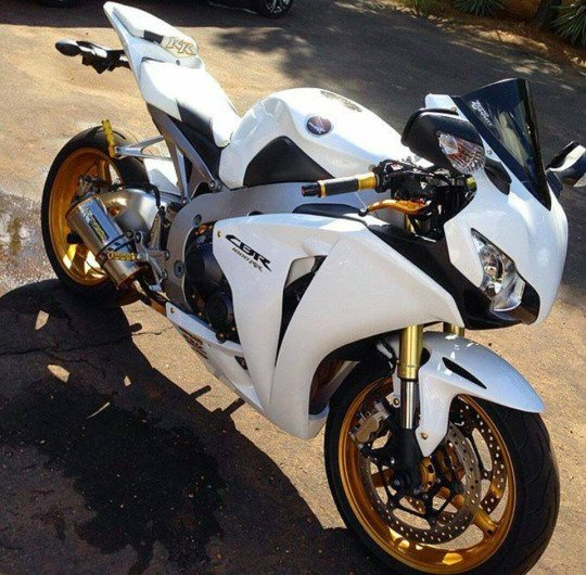 Shine Graffix On Twitter Quot Gold Wheels Honda Cbr 1000rr