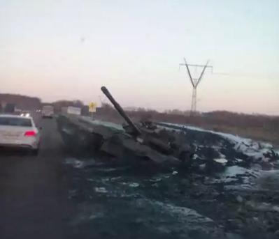 """106 полупустых грузовиков """"путинского гумконвоя"""" вторглись в Украину, - Госпогранслужба - Цензор.НЕТ 267"""