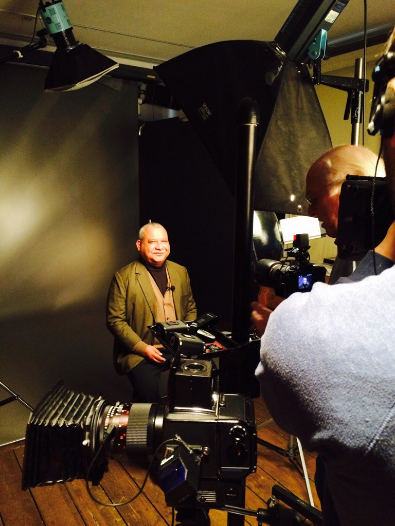 Photoshoot with Padre Melo at Hans Jørgen Brun #rafto15 @RadioProgresoHN https://t.co/9w1LBGjfbT