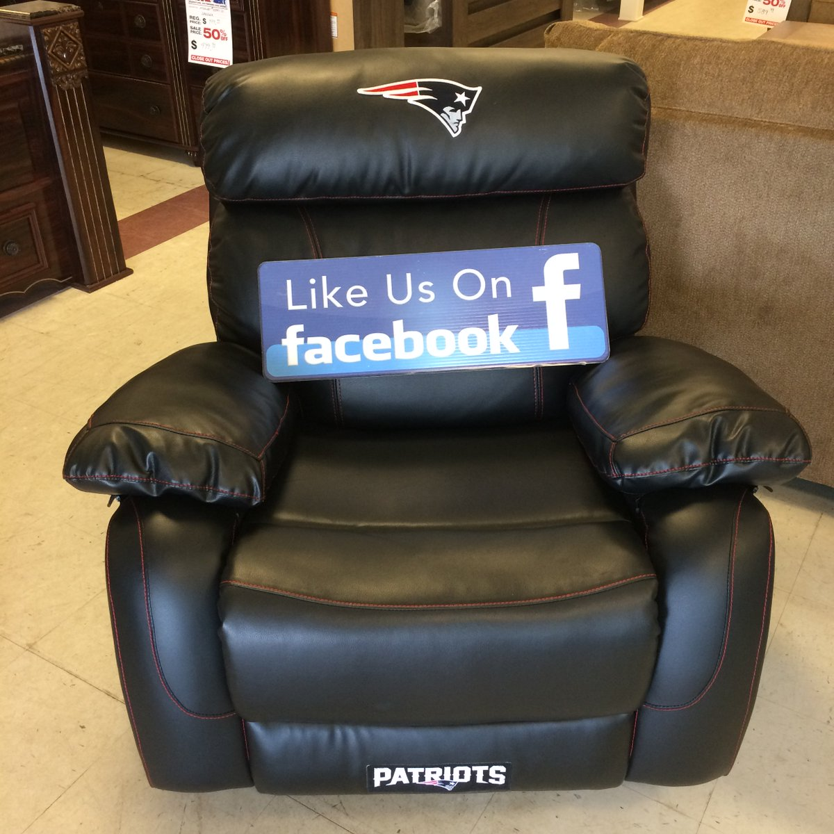 WIN A BRAND NEW FREE PATRIOTS RECLINER   Come into Comfort Home Furniture  or Scratch and Dent for complete details  pic twitter com pyuQiXTltx. ComforthomeFurniture   ComforthomeF    Twitter
