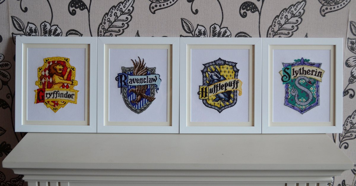 Colleen Carrington On Twitter Find All The Hogwarts House Crest Cross Stitch Patterns For Free On My Blog Https T Co Fvq6iu2xq8 Harrypotter Https T Co Bd1tr8j5wa