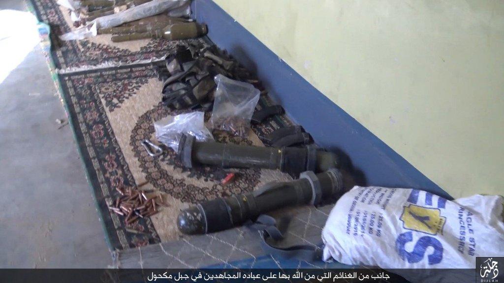 IRAQ - Fight on Islamic State: News #1 - Page 31 CSfSHrOU8AAuC19