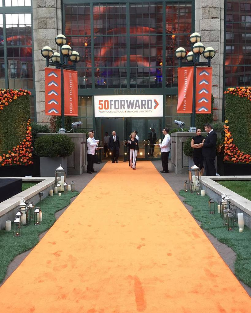 The orange carpet is ready to go here at the #NewhouseSU #50Forward gala! 🍊 https://t.co/aeefxCgaCh https://t.co/AFl79NQiW7