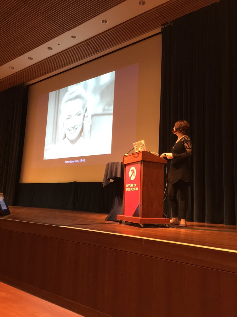 #FOWD learning to animate my UX with @rachelnabors; tuning up my brain's GPU https://t.co/0IPkCBI2af