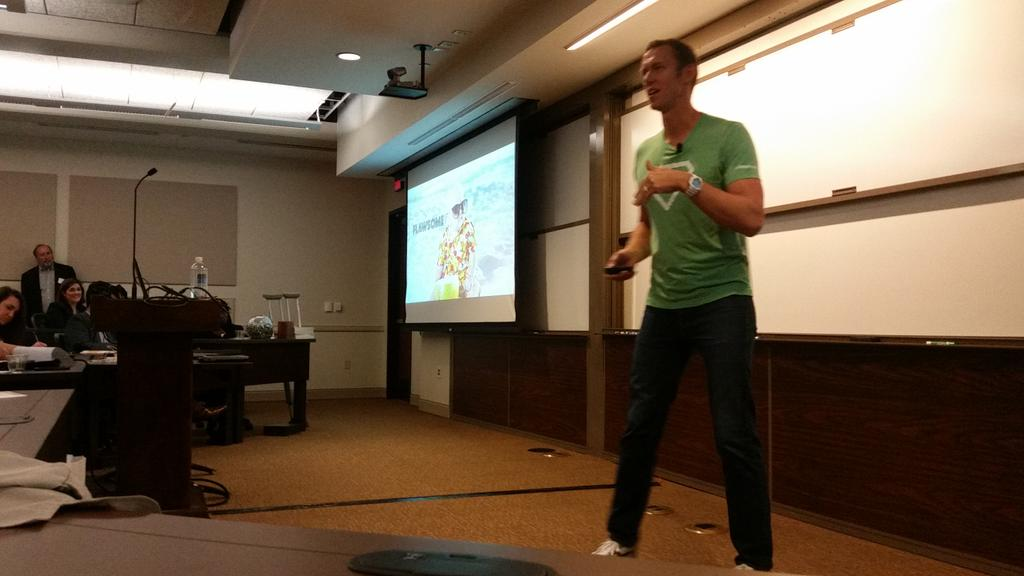 Equalman! @equalman sharing great insights @UTexasMcCombs #UTMBAmktg https://t.co/A8clkw2XMY