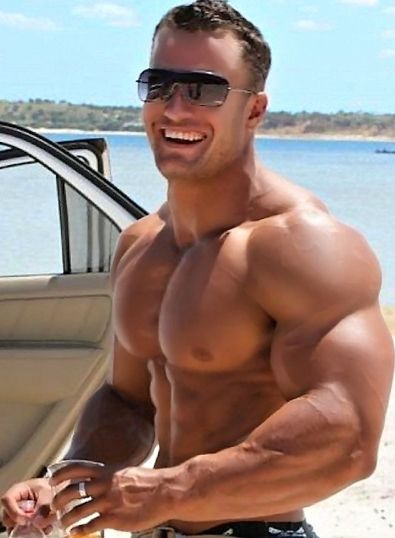 sexy gay muscle