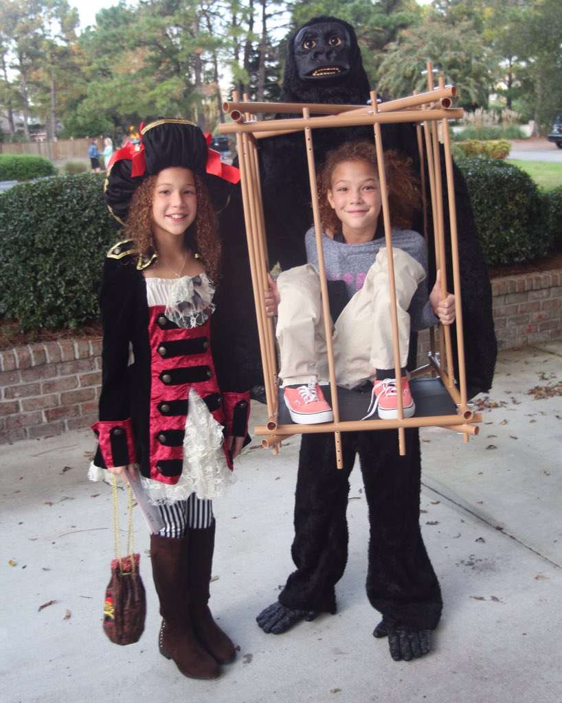 My babies at school today. Happy Halloween! https://t.co/QXlVcrL2ex