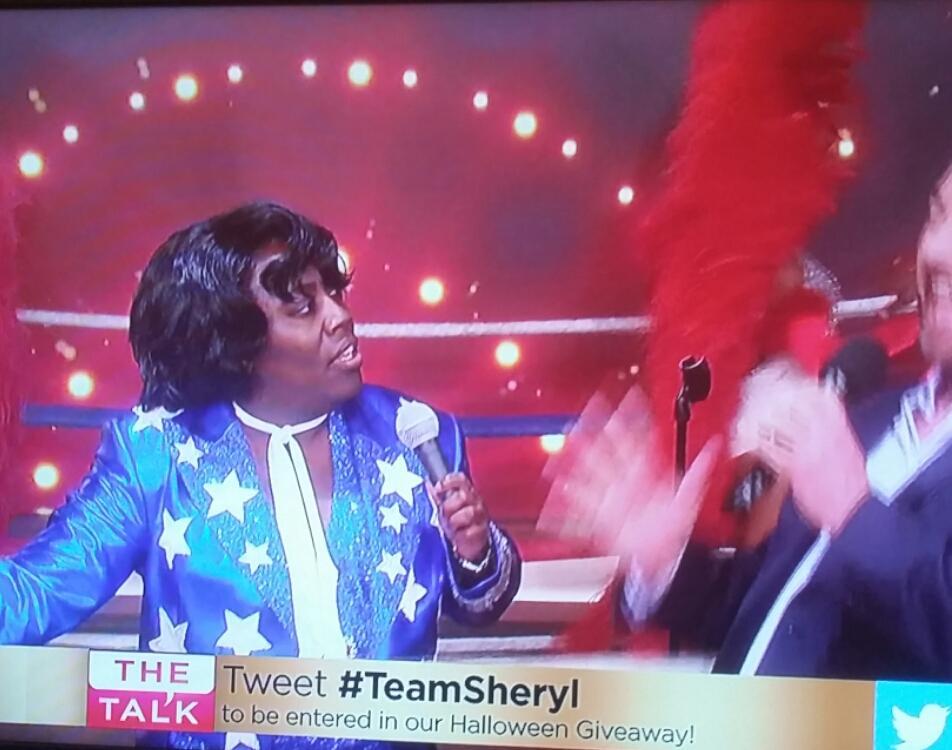 LOL @sherylunderwood....I Am DONE @TheTalkCBS...OWwwww U Made Me Feel Gooood!!!...LUV IT!!! #TheTalk #TeamSheryl https://t.co/ALrtidLrcT