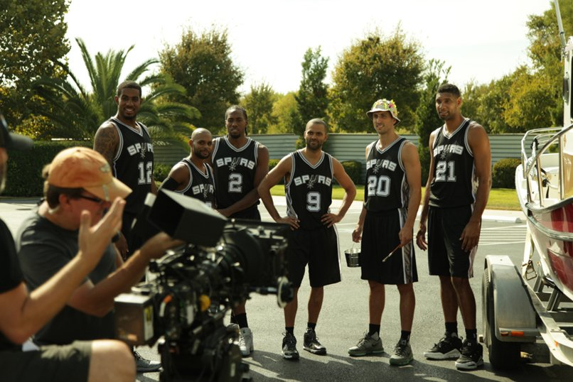 The wait is over! Find all of the @Spurs commercials at https://t.co/KhQMqcFyXs, and vote for your favorite! https://t.co/wqwOOucxTw