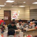 ハロウィン当日の牛丼松屋の様子がすさまじい!