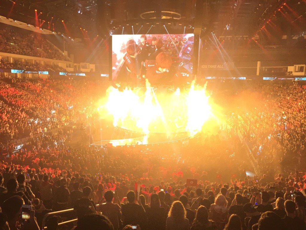 The 2015 #Worlds Champion: SK Telecom T1!