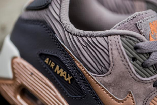 big sale 61b20 4c72f rose gold pack the nike air max 90 leather is out now