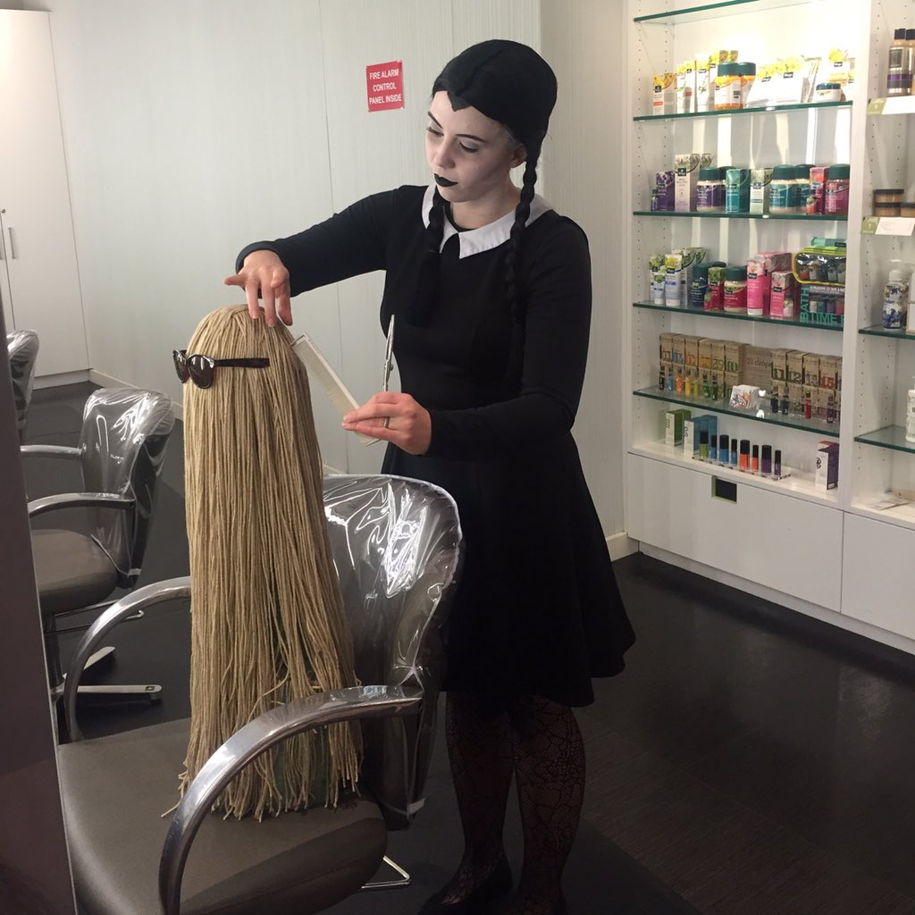 Cousin Itt freshens up his look at our Kitsap Salon today. #halloween2015 https://t.co/6zaOtWh1RR
