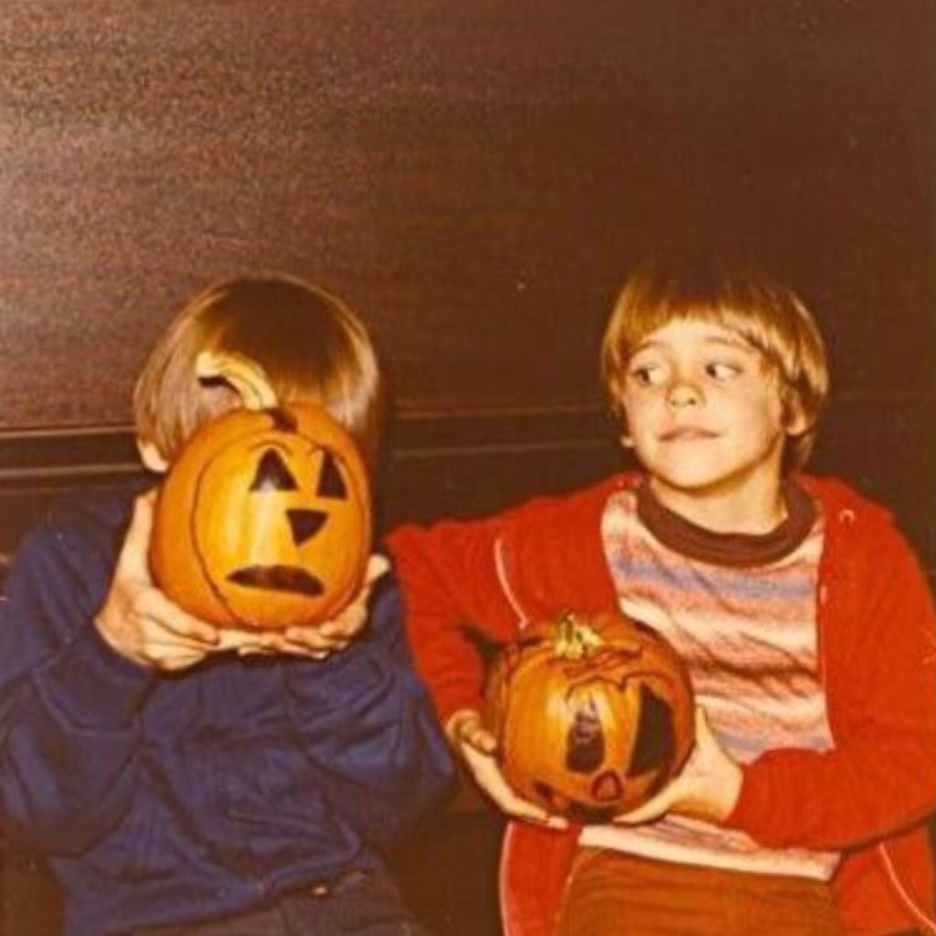 Happy Halloween from the Leto Brothers 🎃 xo https://t.co/7Iz4tgxOIS