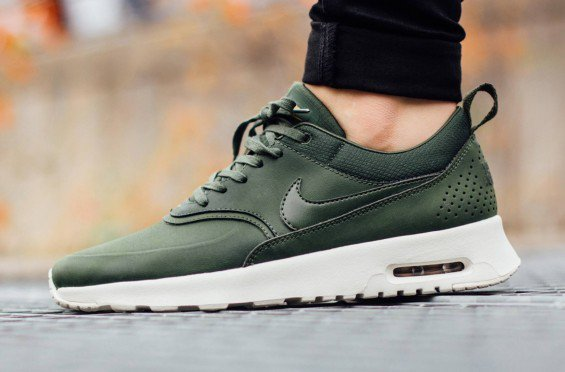 new concept 2a607 55124 ... nike air max 1 forest green KicksOnFire on Twitter ...