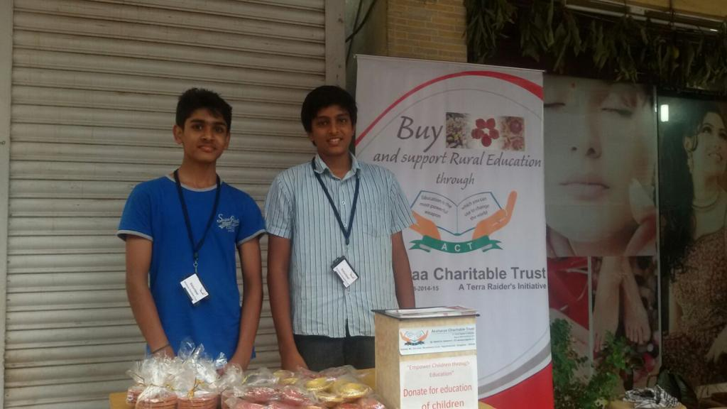 Our stall near hanuman sweets in sahakar Nagar. Buy diyas and support our cause @WeAreBangalore   #ACTforEducation https://t.co/6jZuNbIAfh