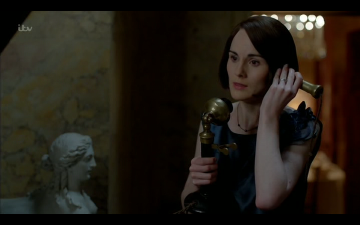 Hello… #downton https://t.co/ydCcl43lux