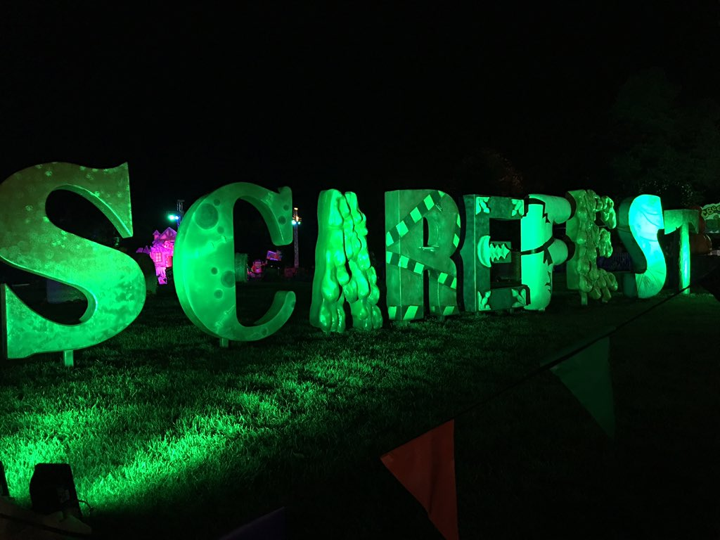 #scarefest 2015 is officially over! RT if you enjoyed this year's spooktacular event! https://t.co/5NUhyfFvwV