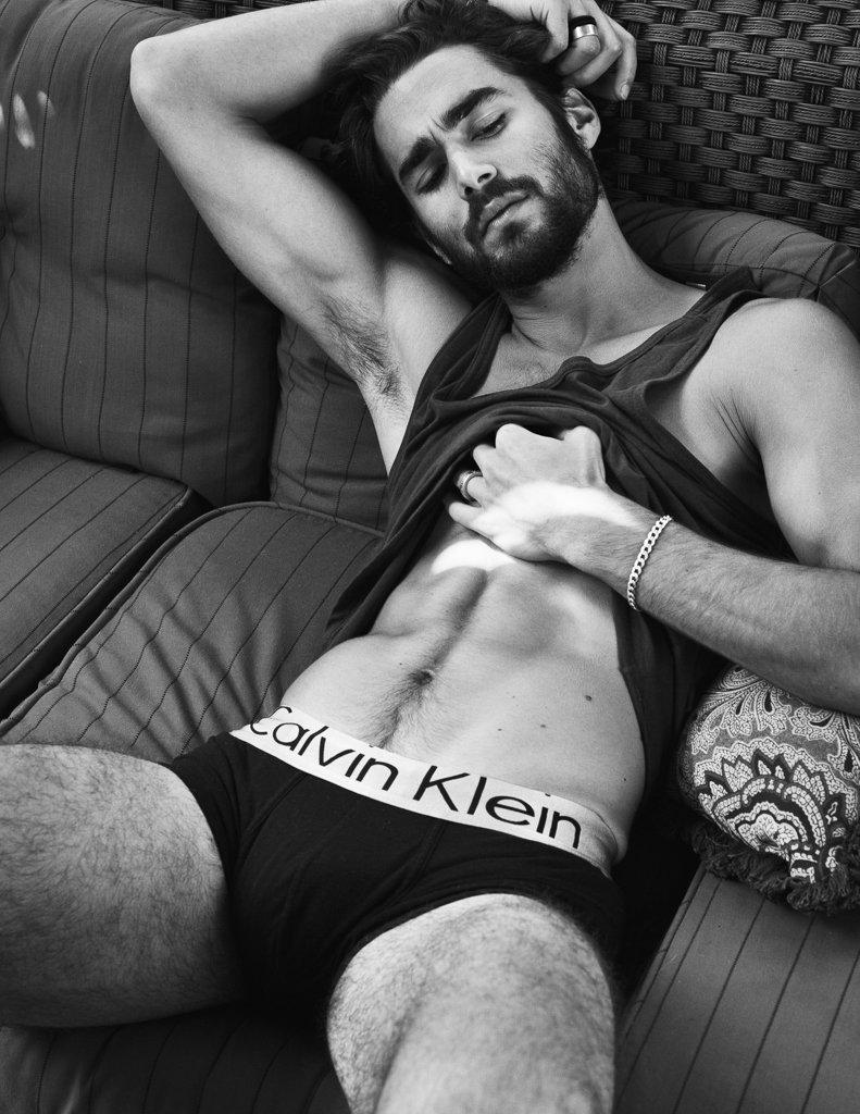 Nicolas Simoes http://beardmodel.tumblr.com/tagged/Nicolas-Simoes…pic.twitter.com/xveSJ83IEu