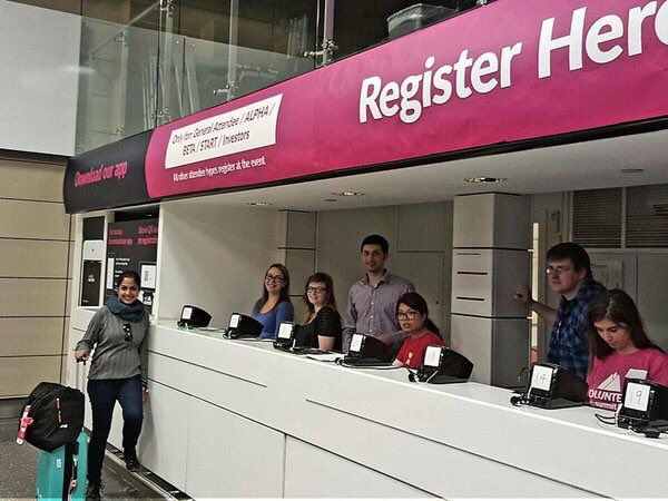 I love that there's #websummit registration at Dublin airport when you land, smart. Other conferences take note! https://t.co/OjVJJ5n3BK