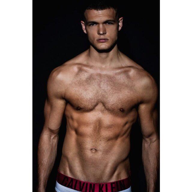 hot guy body pics