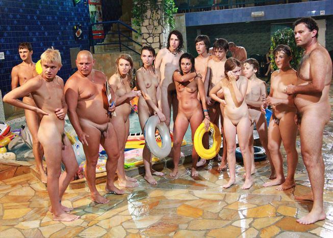 фото голых семей
