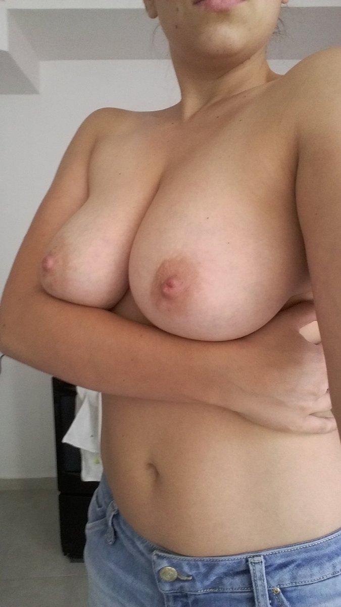 Nude Selfie 2836