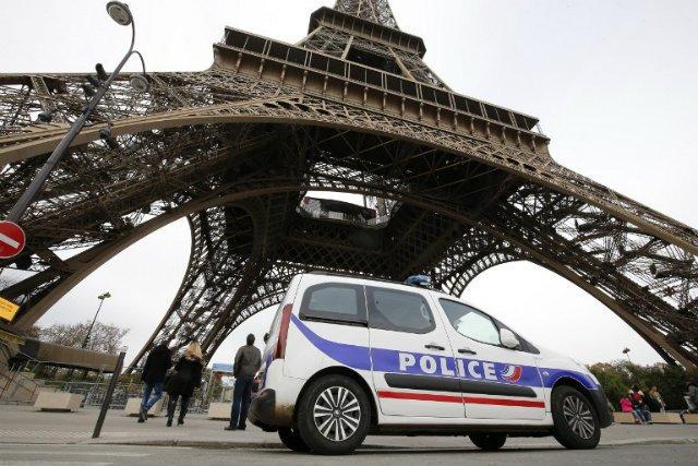 Car used in attacks found in Paris suburb – police https://t.co/be5Cx2AZ1z #Fusillade #ParisAttacks