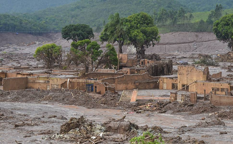 Tragédia em Minas Gerais deve secar rios e criar 'deserto de lama'https://t.co/8V2FPixX2z
